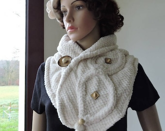 Ecru scarf with warm and soft embossed mesh acrylic embossed honeycomb Pompom