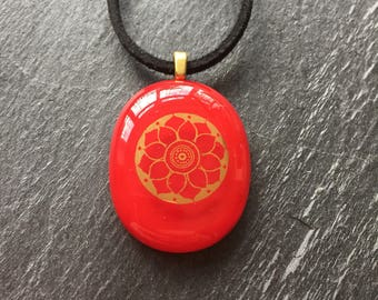 Red pendant,red necklace,fused glass pendant,bright red necklace,bold pendant,red jewelry,flower pendant,statement pendant,floral pendant
