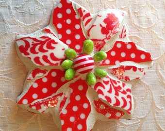 Christmas Poinsettia Mosaic Magnet