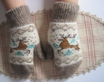 SUMMER DISCOUNT Nordiс Beautiful Eco Friendly knit Women mittens of quality Angora wool yarn Knit pattern Deer Soft, warm and comfortable