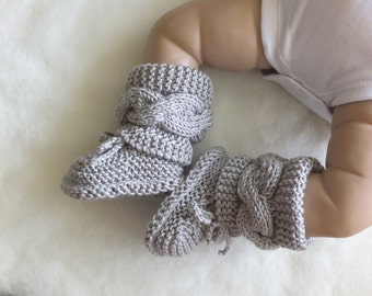 Baby boots - Gray booties - Knitted baby booties - Baby boy or girl booties - Hand Knit Baby Booties - Cable knit booties