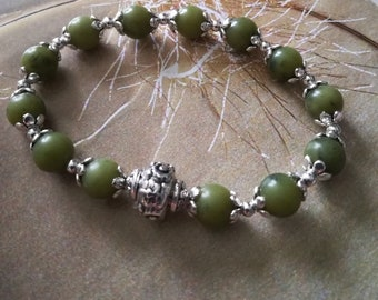 Bracelet harmony Jade of Taiwan Green deep, gift for her, mothers day