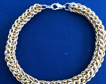 Two toned chain mail bracelet