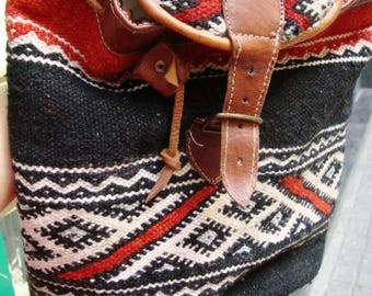 Vintage Moroccan kilim backpack / Unique design Kilim / Handmade Backpack/ Embroidered carpet and leather