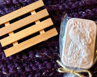 Homemade Goat Milk Base Soap with red cedar soap dish, Melt and Pour Soap, Mother's day Gifts, Housewarming Gifts, Christmas gifts