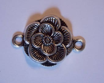 ❤ Silver Flower charm connector pendant
