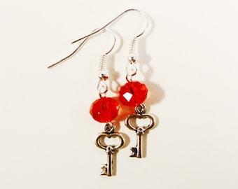 Silver Key Earrings, Red Crystal Bead Earrings, Beadwork Jewelry, Metal Charm Drop Earrings, Beaded Dangle Earrings, Valentine's Day Jewelry