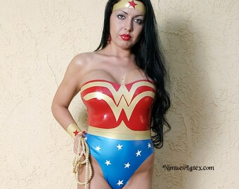 Wonder Woman Costume. Includes bodysuit, wrist bands, tiara and lasso