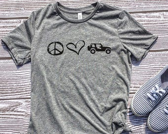 Peace Love Jeeps, Jeep Shirt, Jeep Wrangler, Cute Jeep, Jeep Gift, Jeep Mom, Jeep Girl, Jeep Clothes, Jeep Accessories, Jeep Life, Jeep Hair