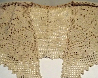 Cream Crochet Collar