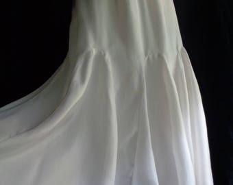 Vintage wedding skirt cream or white silk fully lined large