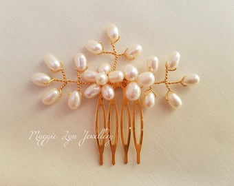 Gold or Silver vintage inspired hair comb. Handmade with high quality fresh water oval pearls. Bridal bridesmaids wedding prom UK