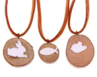 Wood porcelain Necklace en bois dessinée à la main