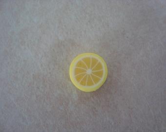 1 round bead representing the lemon yellow fruit