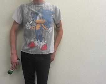 SONIC THE HEDGEHOG T Shirt / Vintage / 90s / Sega / millenials / video game / hipster / tails