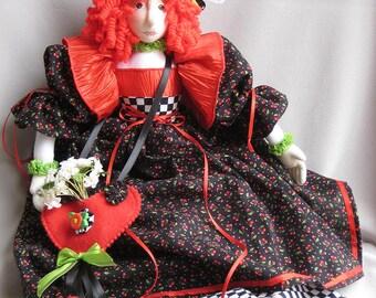 Lisette, a gift bag cloth doll PDF e pattern