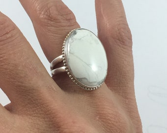 Size 8, White Howlite Ring, Sterling Silver Ring, Howlite Jewelry, Howlite Cocktail Ring, White Howlite, Silver Ring, White Ring, Size 8