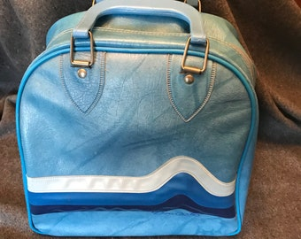 Vintage Don Carter Blue Vinyl Single Ball Bowling Bag with Handles