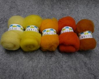 Norwegian carded wool fleece in bundles of yellow colours