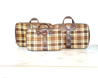 Vintage 3pc Luggage Set ~ 70's Plaid Tweed Suitcases By Invicta York Luggage Co ~ Gold Buckle Closure Accent ~ Lockable Zipper Travel Bags