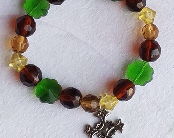 St. Patrick's Day Irish Shamrock with Cross Charm Glass Bead Stretch Bracelet Clover Beads Gifts For Her