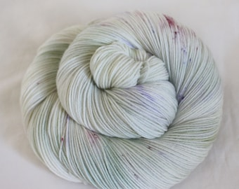 Sweet Pea - Nuthatch - 75/25 superwash merino/ nylon sock yarn