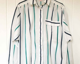 White blue green striped vintage blouse with chest pocket from ' Die linger ' size 38