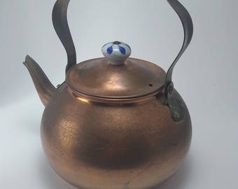 Copper Kettle with Porcelain Delft Blue & White Handle and Button Knob