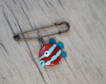 Brooch pin, fish Lampwork beads.