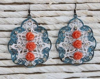 Filigree blue earrings with coral roses