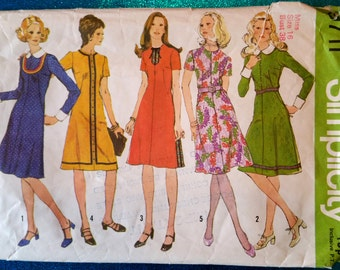 "Vintage dress sewing pattern - Simplicity 9711 - size 16 (38"") - 1970's"