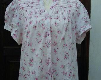 Flower shirt 100% Cotton Size: XXL UK 22 USA 16