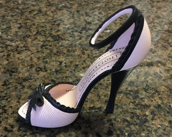 Victoria's Closet Collectible High Heel Shoe from Giftcraft or use as Cake Topper