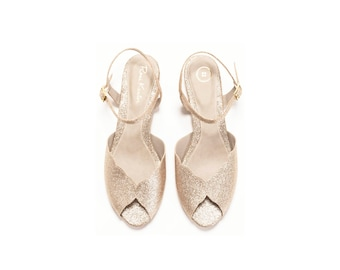 Wedding sandal / flat bridal sandals / flat gold sandal / sparkling gold