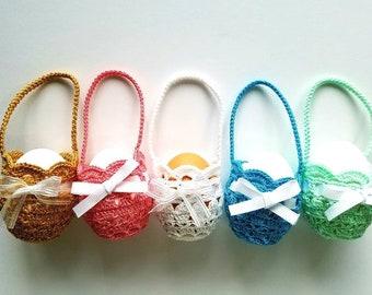 Set of 5 mini egg baskets
