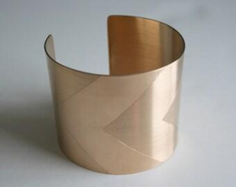 Chevron Brass Cuff, Geometric Pattern, Geometric Cuff, Gold Cuff, Wide Metal Cuff, Thick Metal Cuff, Bass Cuff, Modern Jewelry, Cuff
