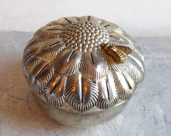 Vintage Large Godinger Silver Plate Round Jewelry Box w/ Flower, Goldtone Bee - Lift Lid - Red Velvet Lining - Victorian Style - Chic Shabby