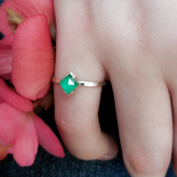 Facetted Green Onyx Ring, Square Gemstone Ring, Thin Stacking Ring, Green and Gold, Heart Chakra, Boho May Birthstone, Soul Ring, Statement