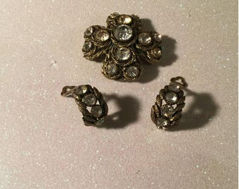 Signature Har Demi-parure vintage brooch and clip earrings