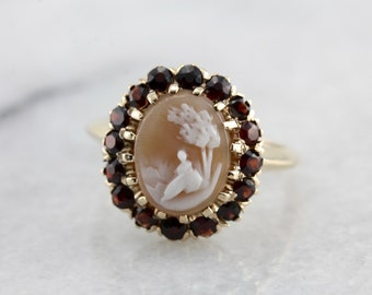 Beautiful Cameo and Garnet Halo Ring, Yellow Gold Vintage Ladies Ring 37DNQY-D