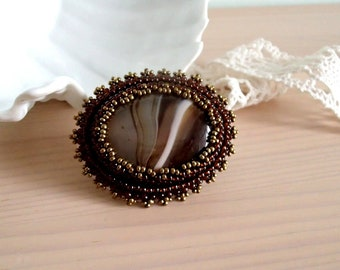 Agate Brooch, Beaded brooch, Mothers day gift, Bead embroidered Brooch, Beadwork Brooch , Handmade Jewelry