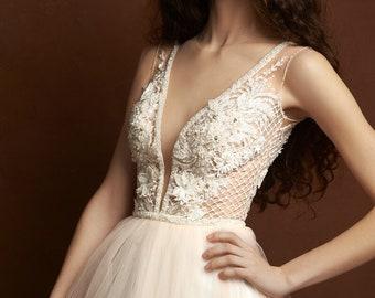 A-line wedding dress Wedding dress blush lace dress 2018 boho wedding dress lace  bohemian wedding dress  lace dress bridal wedding backless