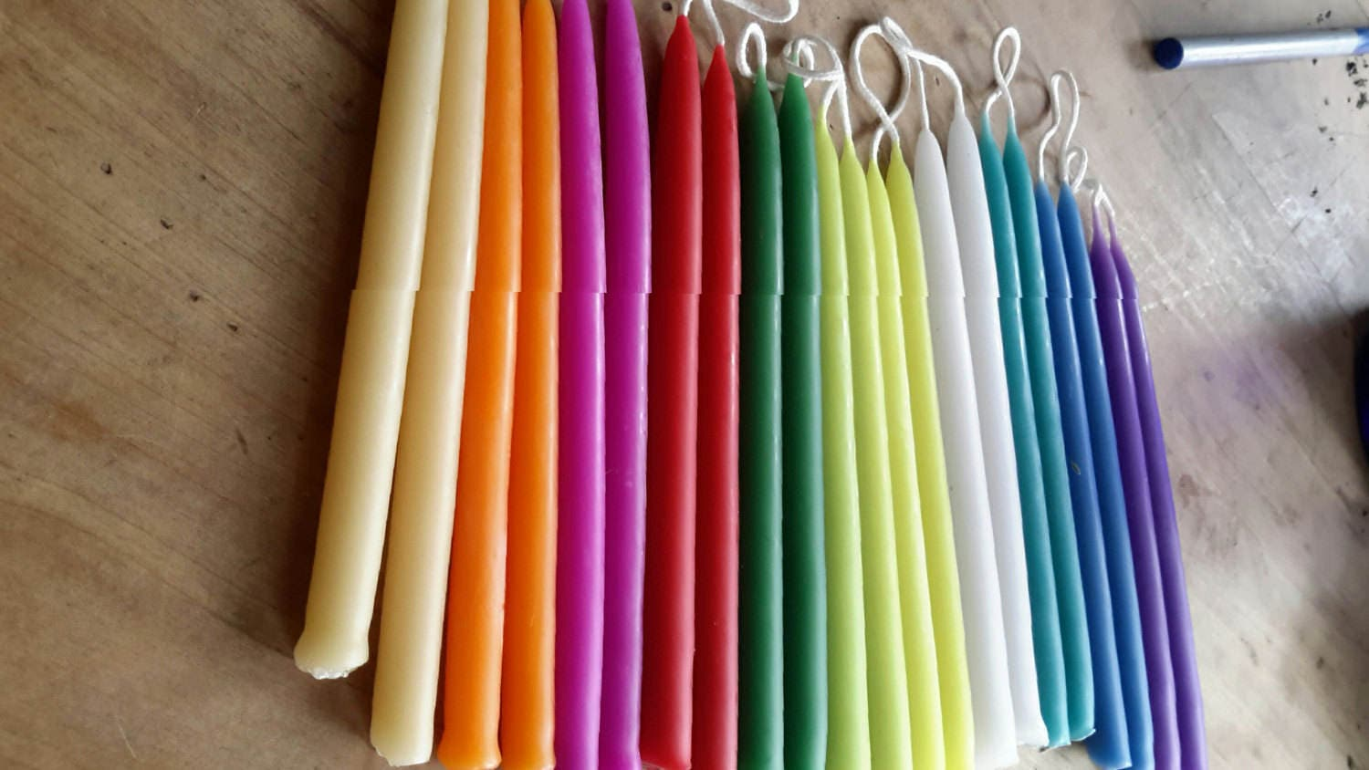22 Festive Rainbow Colored Beeswax Candles. 5 inches x 3/8 for Colored Beeswax Candles  67qdu