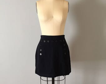midnight blue mini skirt || 90s Ann Taylor skirt || anchor buttons skirt