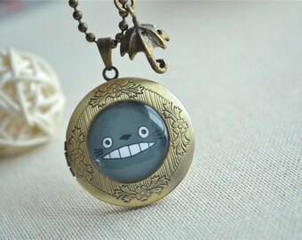 Totoro necklace,My Neighbor Totoro Studio Ghibli Inspired Necklace,Umbrella Anime locket necklace,photo frame (XL011)