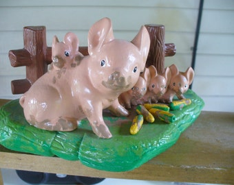 Mother Pig an Piglets