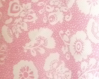 Vintage Pink & White Floral Polyester Fabric 4 Yards