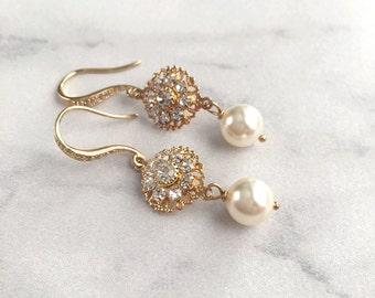 Wedding earrings pearl