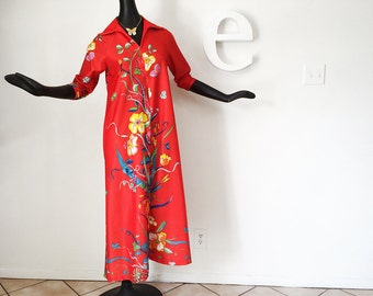 Vintage 70s Lounger Lounging Pajamas Bright Red Flower Floral Print Robe or Hippie Boho Beach Pool Swimsuit Cover Up Hostess Dress Medium