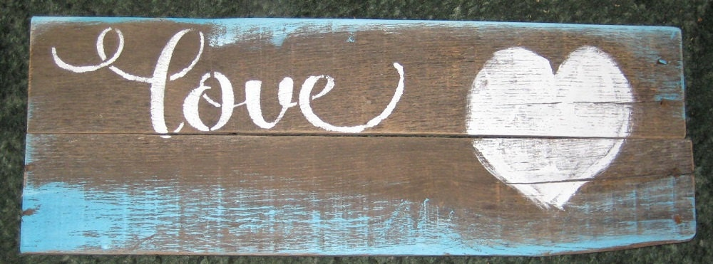 Love.....Pallet wood used/wall decor/ mother/ wall hanging/